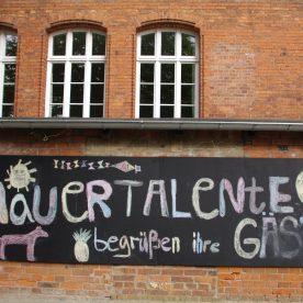 7_Mauertalente - Begrüßung bei Schulfest